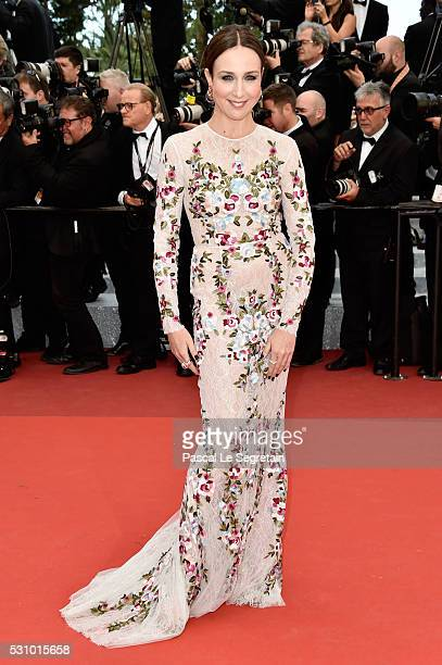 French actress Elsa Zylberstein attends the 'Money Monster' premiere during the 69th annual Cannes Film Festival at the Palais des Festivals on May...