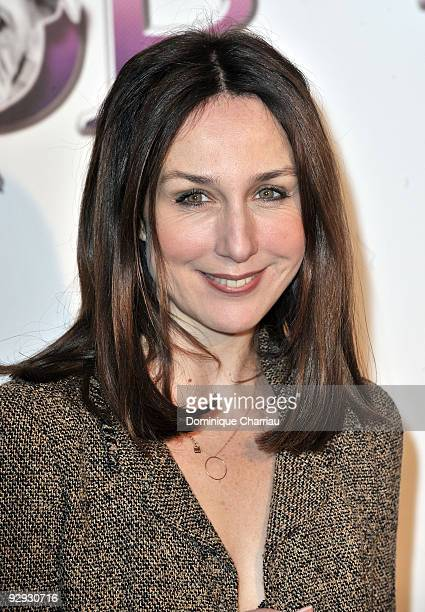 French Actress Elsa zylberstein attends the premiere of the directors Claude Berry and Francois Dupeyron's film 'Tresor' at Cinema Gaumont Capucine...