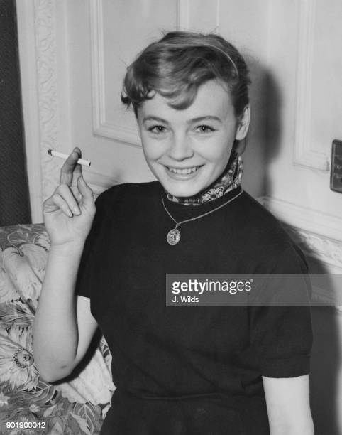 French actress Etchika Choureau arrives at the Savoy Hotel in London to attend the premiere of her film 'Les fruits de l'été' at the Marble Arch...