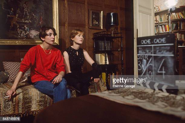 French actress Isabelle Huppert and French director Christine Pascal on the set of her film 'La Garce'