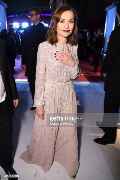 French actress Isabelle Huppert attends the 89h Annual Academy Awards Governors Ball in Hollywood California on February 26 2017 / AFP / ANGELA WEISS