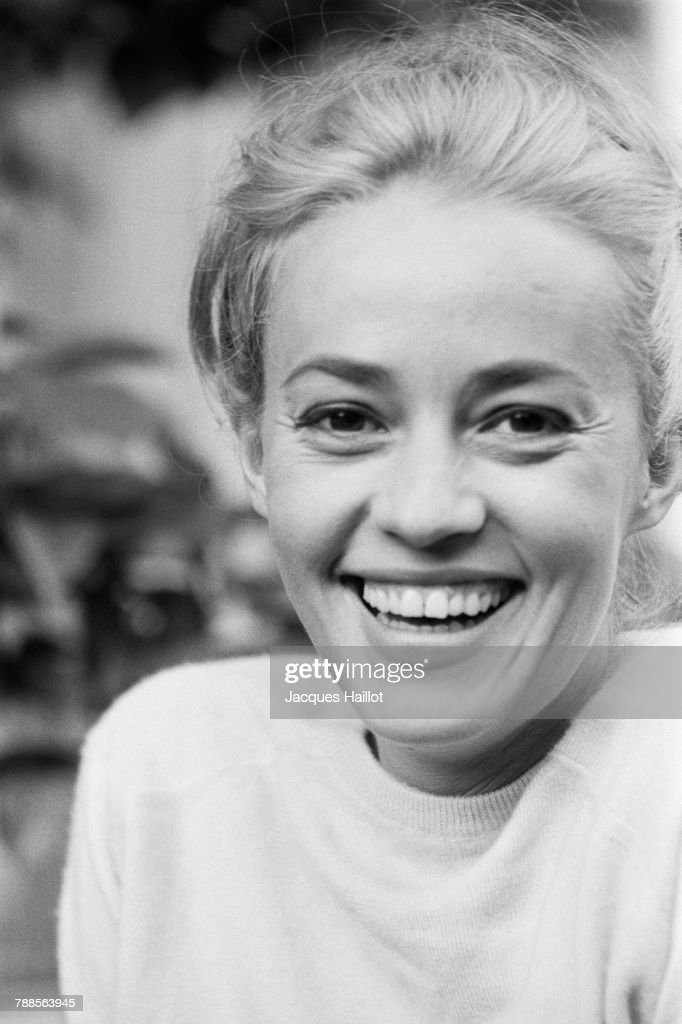 French actress Jeanne Moreau : News Photo