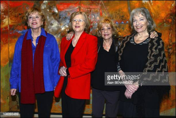 French actress Jeanne Moreau poses with some of Bergman's favorite actresses In Angers France on January 23 2004 From left to right Bibi Andersson...
