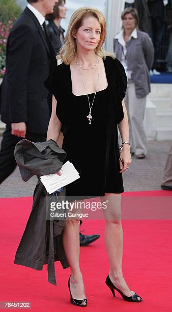 French actress Laure Marsac arrives to attend the The Bourne Ultimatum' Premiere during the 33rd Deauville American Film Festival on september 01...