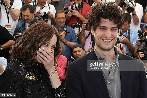 TOPSHOT French actress Marion Cotillard and French actor Louis Garrel pose on May 15 2016 during a photocall for the film Mal de Pierres at the 69th...