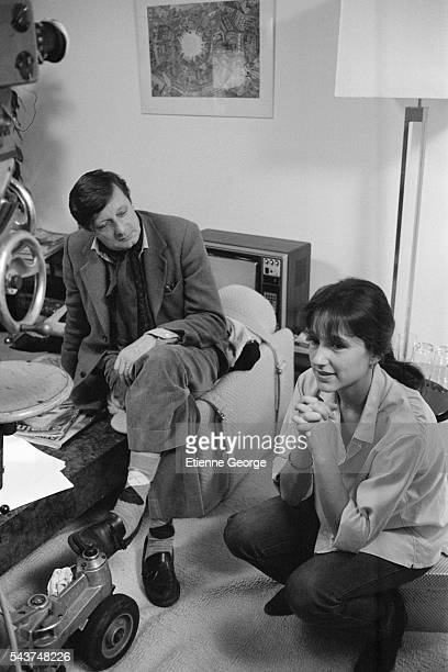 """French actress Nathalie Baye and French director Francois Leterrier on the set of his film """"Je vais craquer!!!"""", based on comic book cartoonist..."""