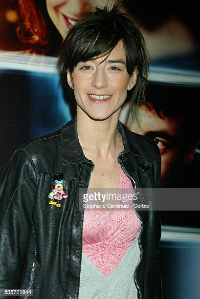 French actress Romane Bohringer attends the premiere of 'Une Vie à T'Attendre'