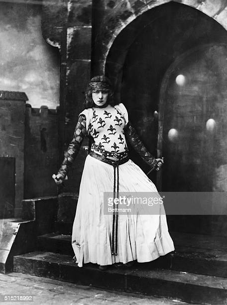 French actress Sarah Bernhardt in the role of Lady Macbeth at the Porte SaintMartin theater in Paris
