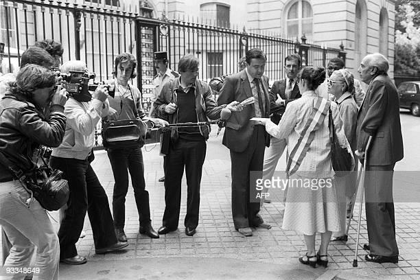French actress Simone Signoret Artur London Czechoslovak former communist and French Socialist MP Véronique Neiertz address on July 15 1981...
