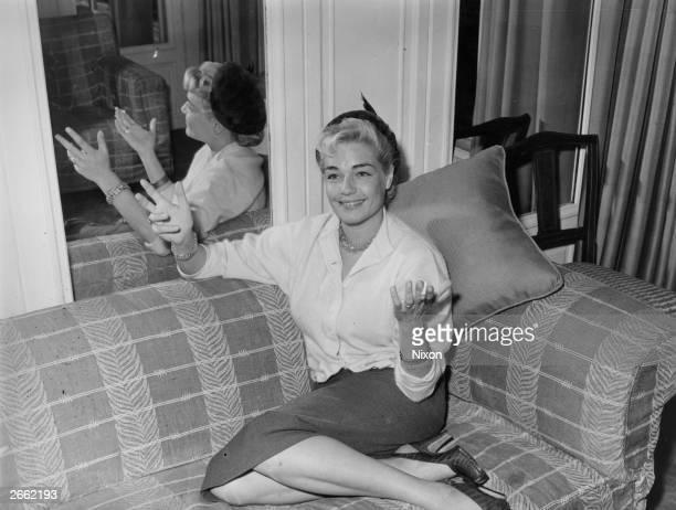French actress Simone Signoret originally SimonHenriette Charlotte Kaminker Original Publication People Disc HM0239