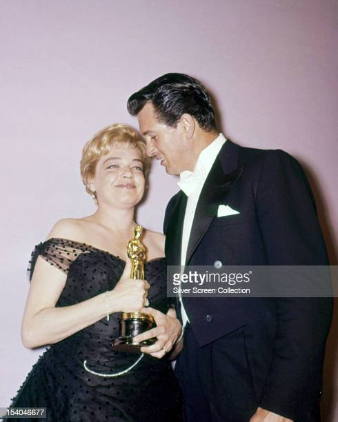 French actress Simone Signoret with her Best Actress Oscar for 'Room at the Top' at the 32nd Academy Awards at the RKO Pantages Theatre Hollywood...