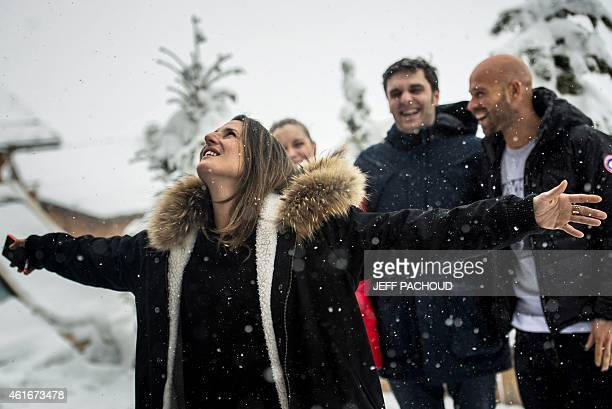 French actresses Camille Cottin and Adrianna Gradziel and French actors Pio Marmai and Franck Gastambide pose on January 17 2015 during the 18th...