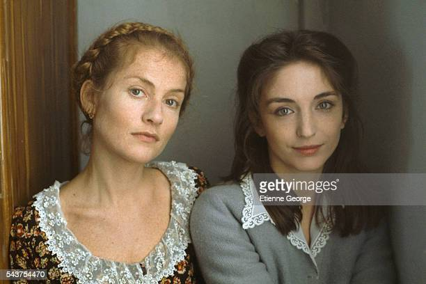 French actresses Isabelle Huppert and Christine Pascal on set of the film Coup de Foudre (At First Sight), directed by French director Diane Kurys and based on Olivier Cohen's novel by the same title.