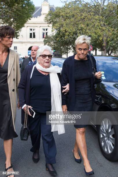 French actresses Muriel Robin and Line Renaud attend Mireille Darc's Funeral at Eglise Saint Sulpice on September 1 2017 in Paris France French...