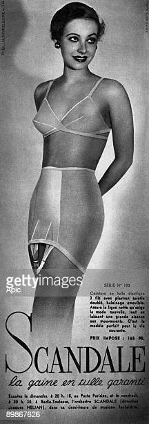French adevrtisement for girdle by Scandale c 1940