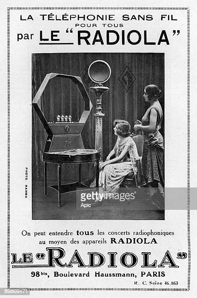 French advertisement for Radiola wireless telephony 1923