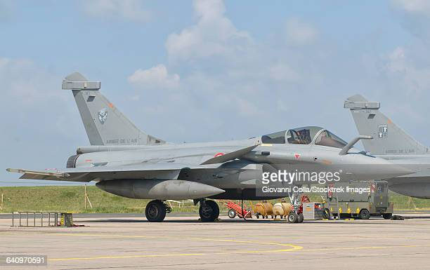 a french air force rafale jet during exercise green shield 2014 at nancy air base, france. - dassault rafale stock pictures, royalty-free photos & images