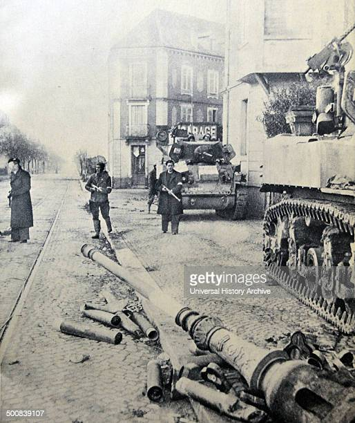 French army liberates the town of Mulhouse street by street