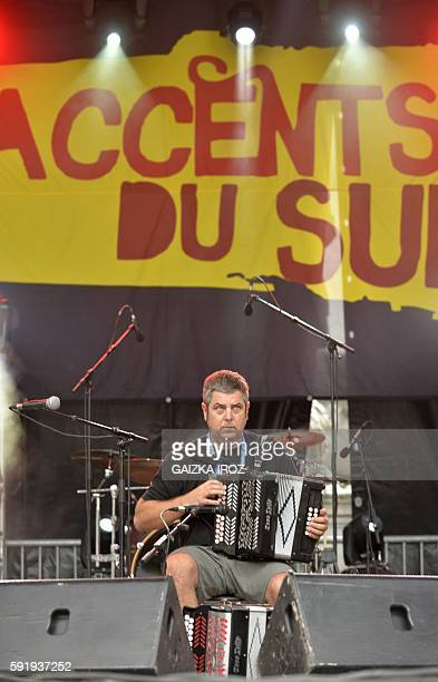 French Basque player Kepa Junkera plays in Pau southwestern France on August 18 2016 during the opening of the 12th Hestiv 'Hoc Occitania festival /...