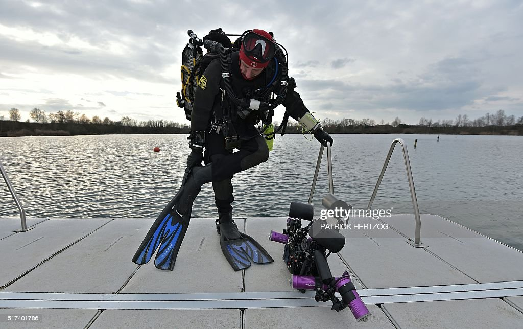 FRANCE-DIVING-ENVIRONMENT-SCIENCE : News Photo
