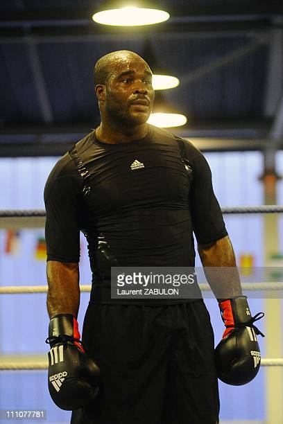 French boxer JeanMarc Mormeck's training at Jesse Owens gynasium Bobigny France in Bobigny France on December 11st 2009