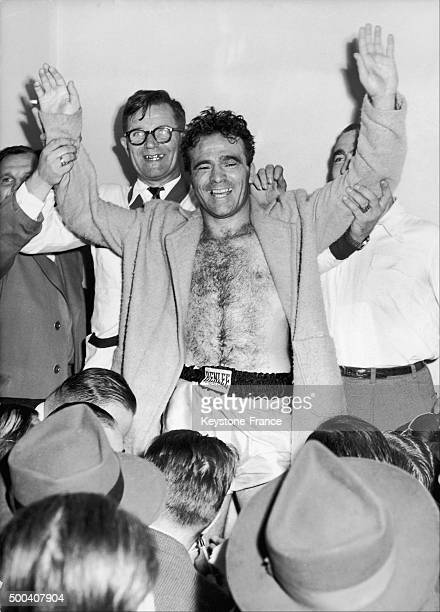 French boxer Marcel Cerdan replying to the crowd's cheers after his victory over Tony Zale which led him to obtain the World Champion title on...