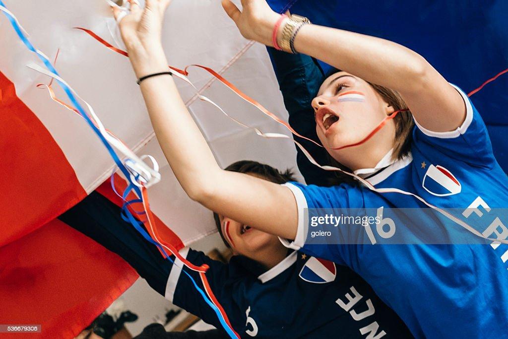 Franzosische Jungen Und Madchen In Der Fussballoutfit Jubeln