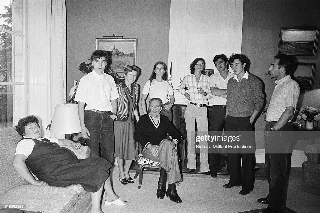 Michel Maury-Laribière with family : Photo d'actualité