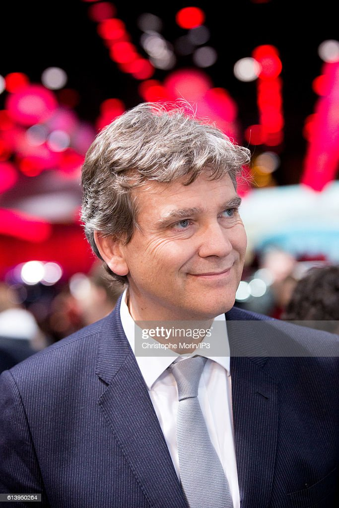Visit At the Paris Motor Show Of Arnaud Montebourg, Candidate For The Socialist Presidential Primary Campaign
