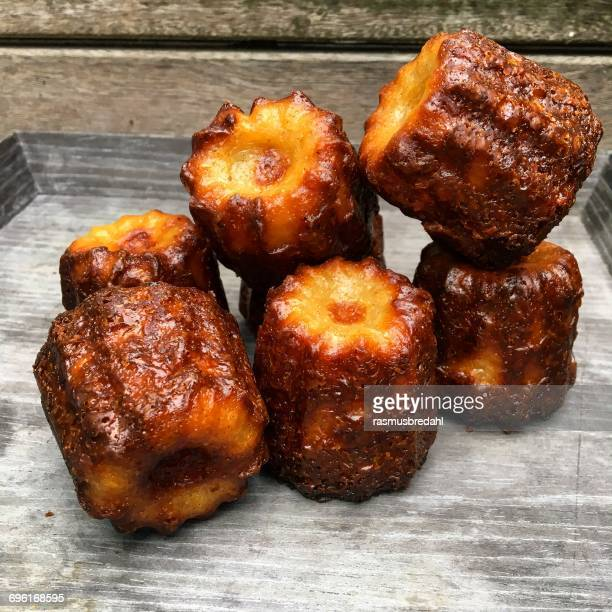 French canele pastries