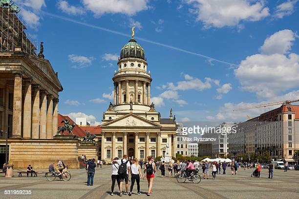 french cathedral berlin - gendarmenmarkt stock photos and pictures