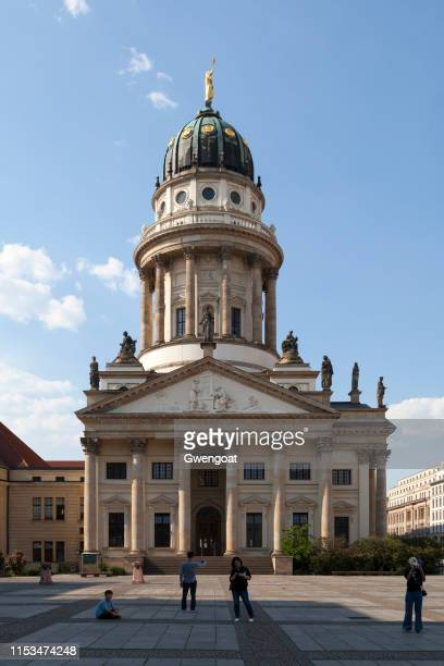 french cathedral in berlin - gwengoat stock pictures, royalty-free photos & images