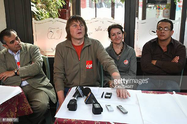 French CGT union leader Bernard Thibault gives a press conference with unidentified CGT members on June 17 2008 in Paris before the start of a...