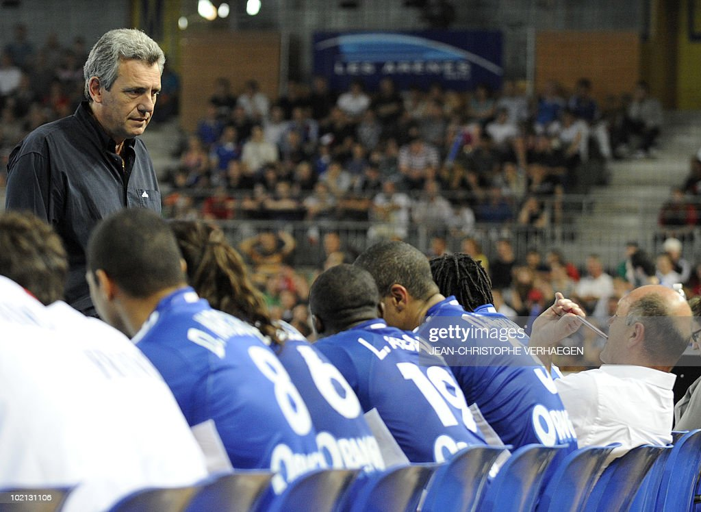 French coach Claude Onesta (L) is pictured during the friendly handball match France vs Egypt at Les Arenes gymnasium on June 7, 2010 in Metz, Eastern France.