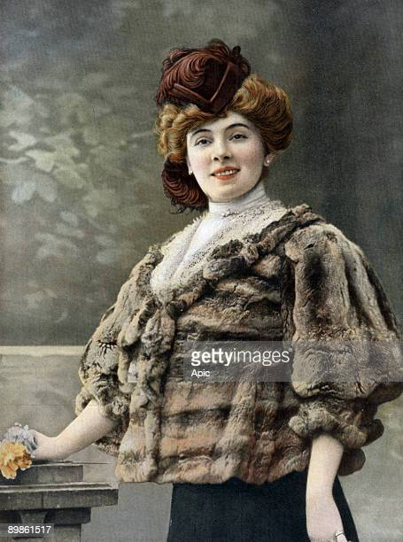 French comedian Amelie Dieterle wearing fur by Max photo from french paper 'Le Theatre' january 1st 1908