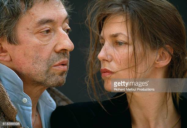 French composer and actor Serge Gainsbourg faces his wife, French actress Jane Birkin, in Paris.