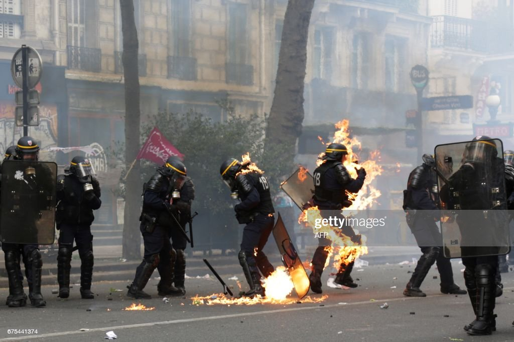 FRANCE-LABOUR-MAYDAY-DEMO : News Photo