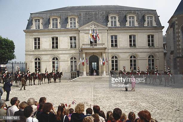 French Culture Minister Jack Lang accompanying Queen Elizabeth II during her visit to the Chateau De Blois in Blois during a state visit to France 11...