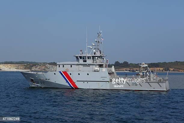 Français patrouille de douane Kermorvan bateau