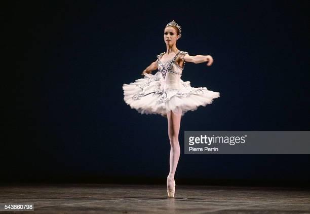 French dancer Sylvie Guillem performs at New York's Metropolitan Opera