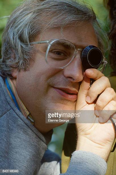 French director Bertrand Tavernier on the set of his film Un dimanche à la campagne Tavernier won the 1984 Cannes Film Festival award for Best...