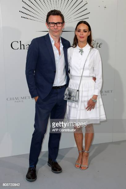 French director Michel Hazanavicius and FrenchArgentinian actress Berenice Bejo pose during a photocall as part of an event organised by French...