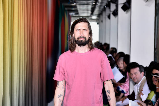 FRA: Etudes : Front Row - Paris Fashion Week - Menswear Spring/Summer 2020