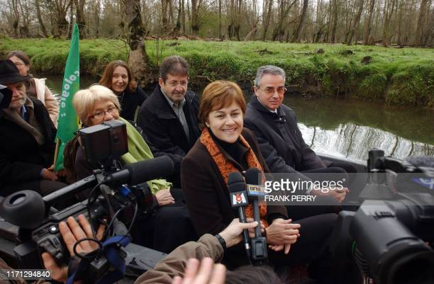 French ecologist presidential candidate Dominique Voynet visits the Poitevin's marsh as part of her campaign 23 March 2007 in Coulon western France...