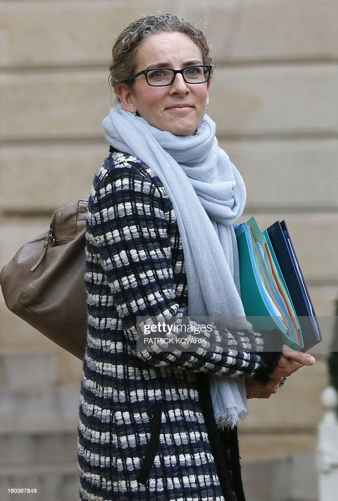 French Ecology Minister, Delphine Batho, leaves the Elysee presidential Palace after the weekly cabinet meeting on January 30, 2013 in Paris.