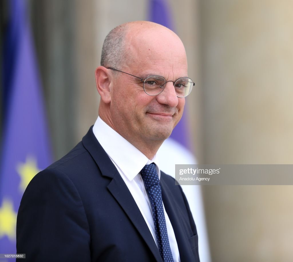 French cabinet meeting in Paris : News Photo