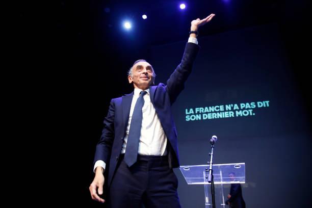 "FRA: French Far-right Commentator Eric Zemmour Promotes His Book ""La France N'A Pas Dit Son Dernier Mot"" In Beziers"