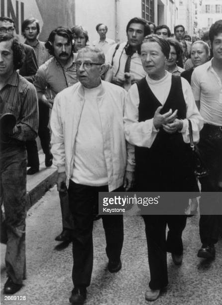 French existentialists and novelists JeanPaul Sartre and Simone De Beauvoir