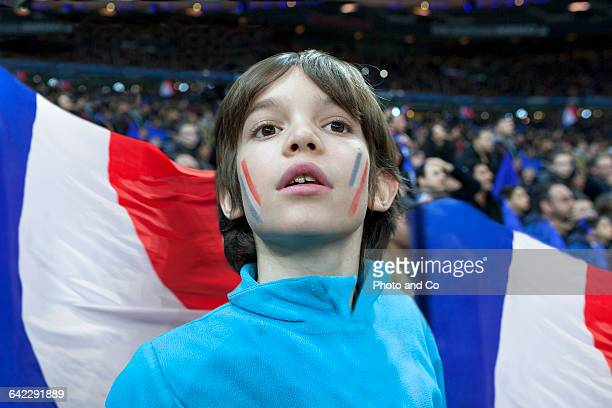 french fan enjoy the atmosphere - french football photos et images de collection
