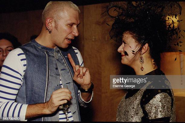 French fashion designer JeanPaul Gaultier and English actress Tracey Ullman on the set of the film PrêtàPorter directed by American director Robert...
